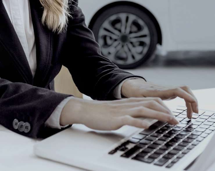 BMW Group Canada to Provide Customers a Real-Time Online Shopping Experience with RAPID RTC Chat